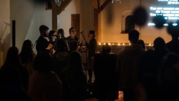 Lapkričio mėnesio šlovinimo vakaras